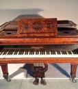 E558 Pianoforte a coda in radica di noce originale John Broadwood & Sons
