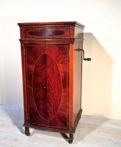 Grammofoni antiquariato e mobili in stile chiaramonte - Mobili antichi verona ...