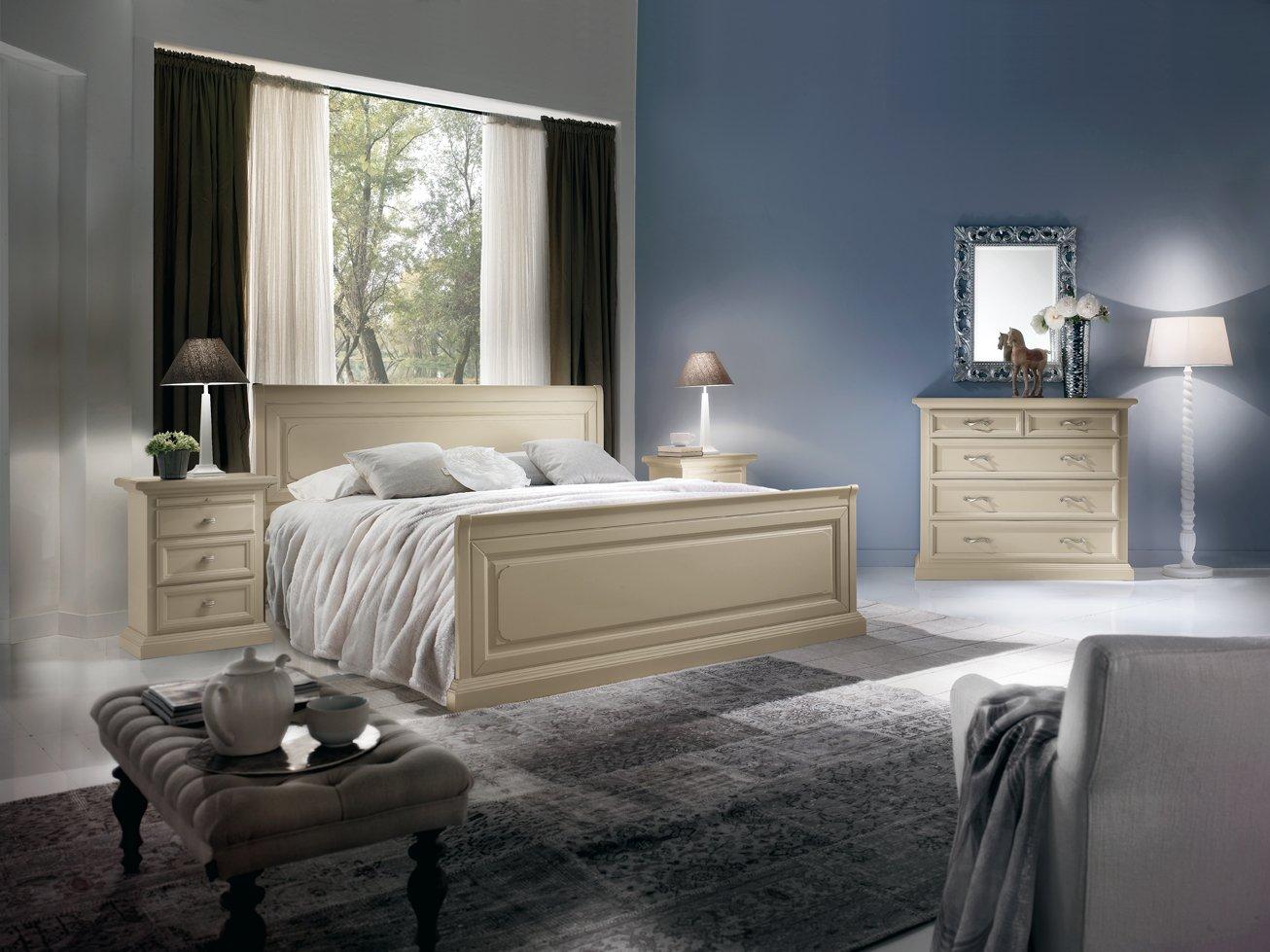 Comodino 3 cassetti e tiretto mobili in stile linea la - La maison mobili ...