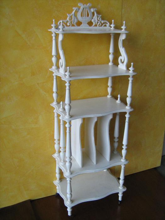 etagere originale in faggio antiquariato e mobili in. Black Bedroom Furniture Sets. Home Design Ideas