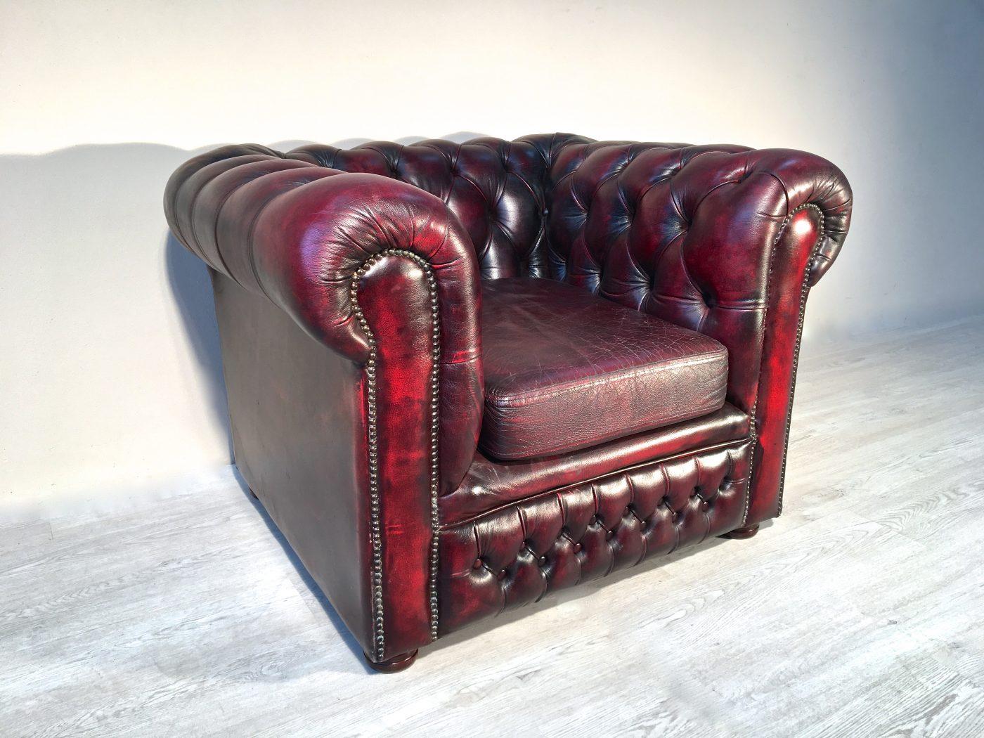 Poltrona chesterfield originale inglese in pelle divani - Poltrone in pelle chesterfield ...