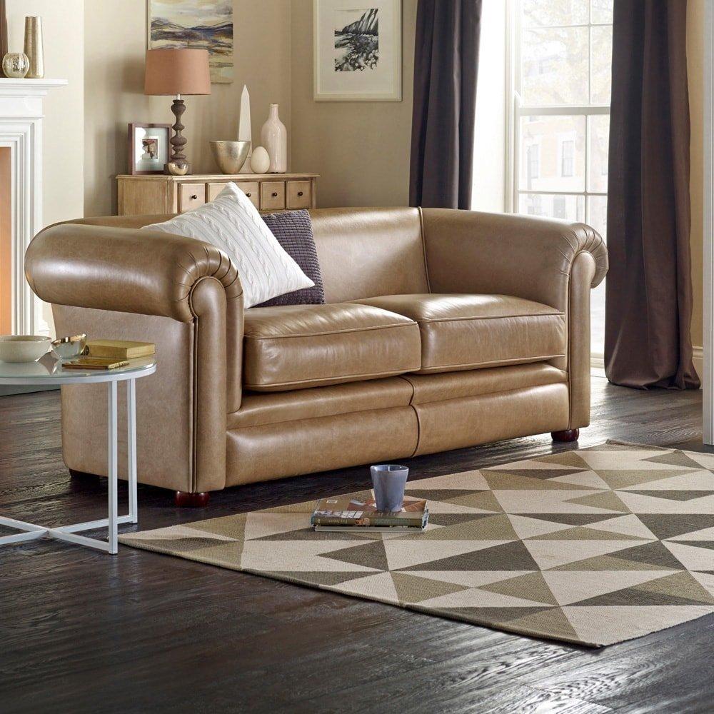 Hampton divani chesterfield e poltrone divani e for Divani nuovi