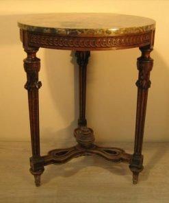 Tavolo Allungabile Antico Da Restaurare.Antiquariato E Mobili Antichi Da Restaurare