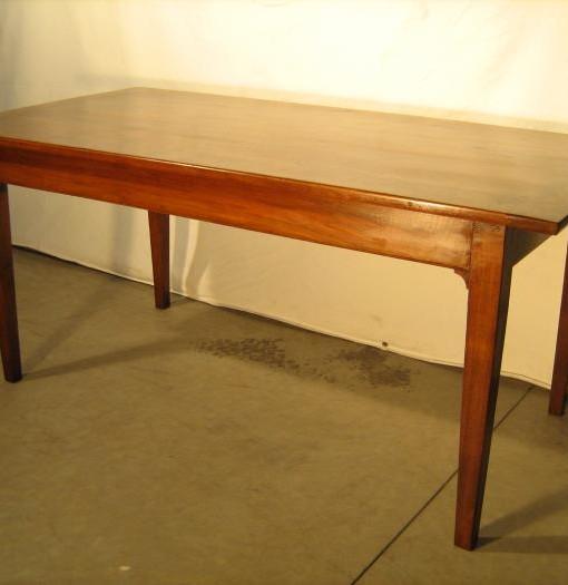 Tavolo originale in noce